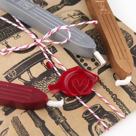 traditional-sealing-wax-3-colours-2